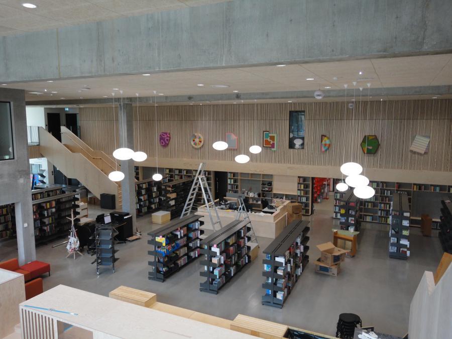 Billedet viser et view udover det nye bibliotek i Brande